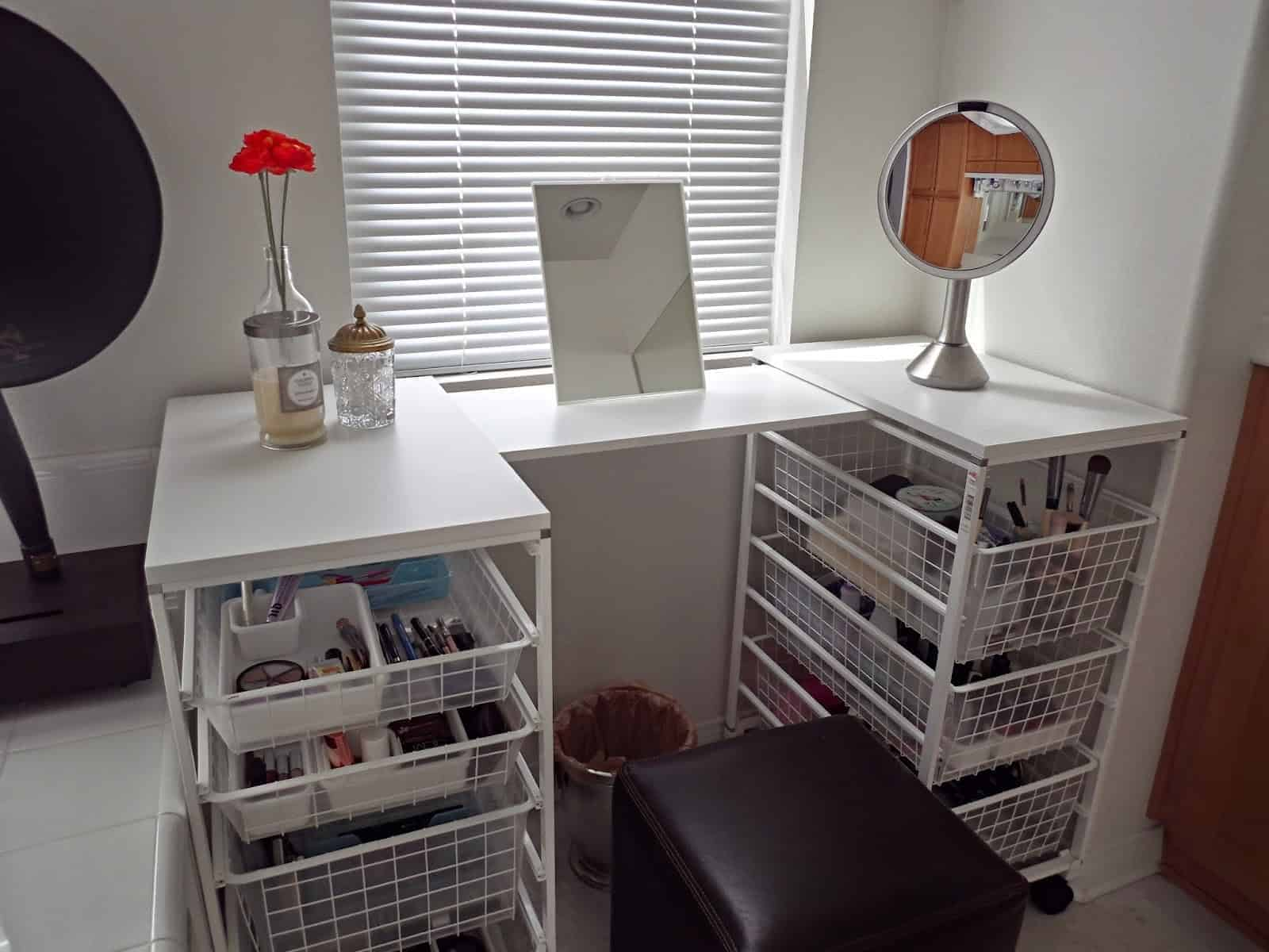 Wire Basket Drawer Unit Vanity Table